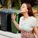 clean smelling trash cans